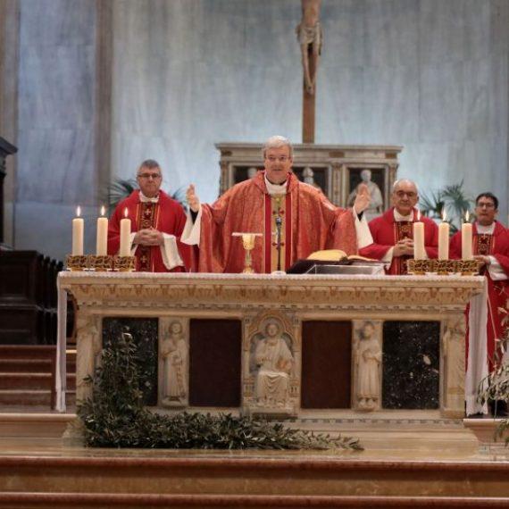 Messe del Vescovo intelevisione